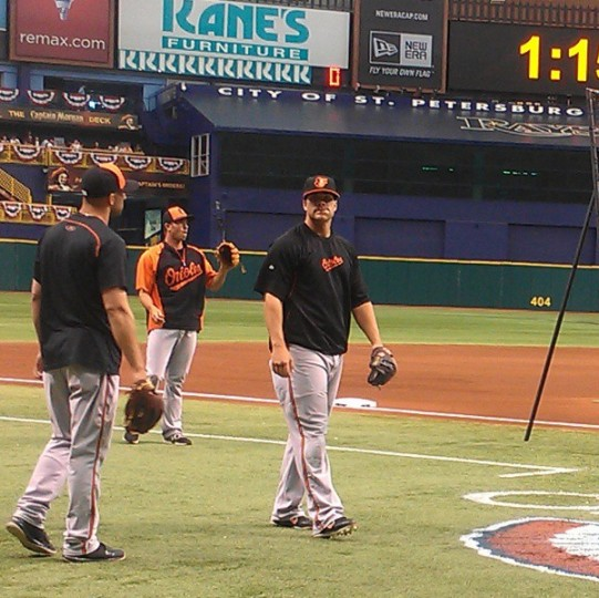 Nick Markakis and Chris Davis take batting practice in Tampa Bay on April 2, 2013.