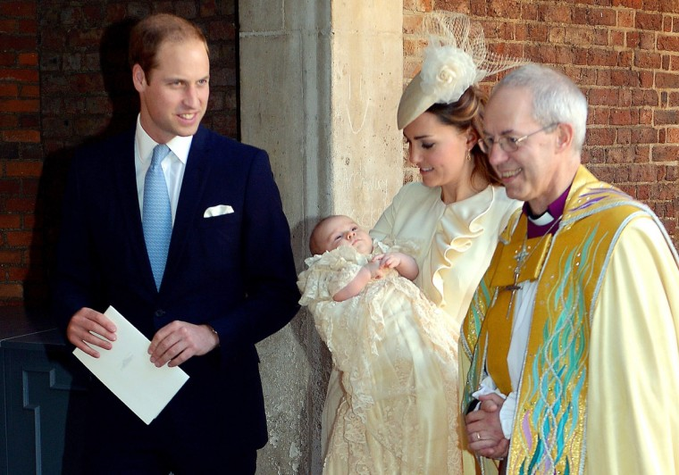 Britain's Prince William, Duke of Cambridge, and his wife Catherine, Duchess of Cambridge, leave with their son Prince George of Cambridge following his Christening by the Archbishop of Canterbury (R) at Chapel Royal in St James's Palace in central London. (Pool/Getty Images)