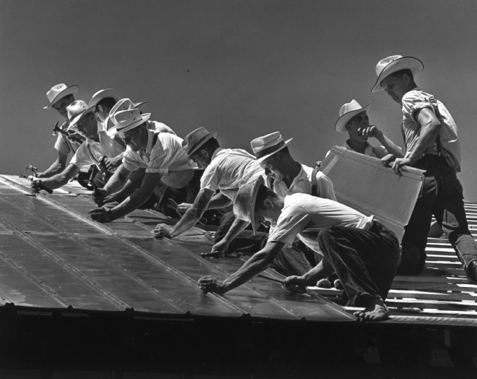 A group of Amish men make short work of a barn raising in March 1965. With this image, Klender won first place in the Features class of a photo contest held by the Baltimore Press Photographers' Association. (William L. Klender/Baltimore Sun)