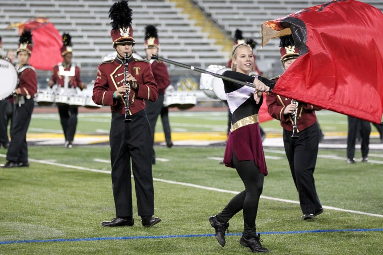 Towson High School Marching Band's Taylor Bensley, 17, performs.(Jen Rynda/BSMG)