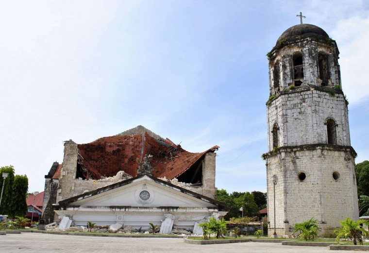 The collapsed facade of the Holy Trinity Parish in Loay Town is seen after an earthquake struck Bohol province, central Philippines. (Reuters photo)