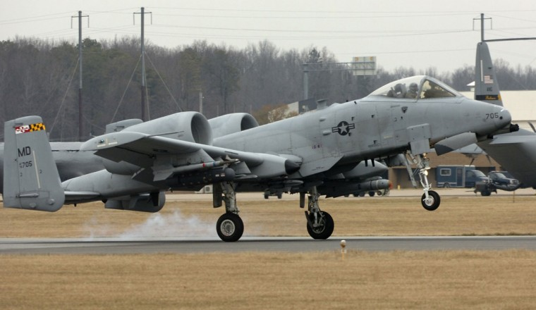 A Maryland National Guard A10 lands at Martin State Airport. (Jerry Jackson/Baltimore Sun)