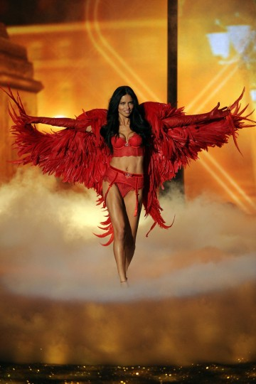 Model Adriana Lima walks the runway at the 2013 Victoria's Secret Fashion Show at Lexington Avenue Armory on November 13, 2013 in New York City. (Bryan Bedder/Getty Images for Swarovski)