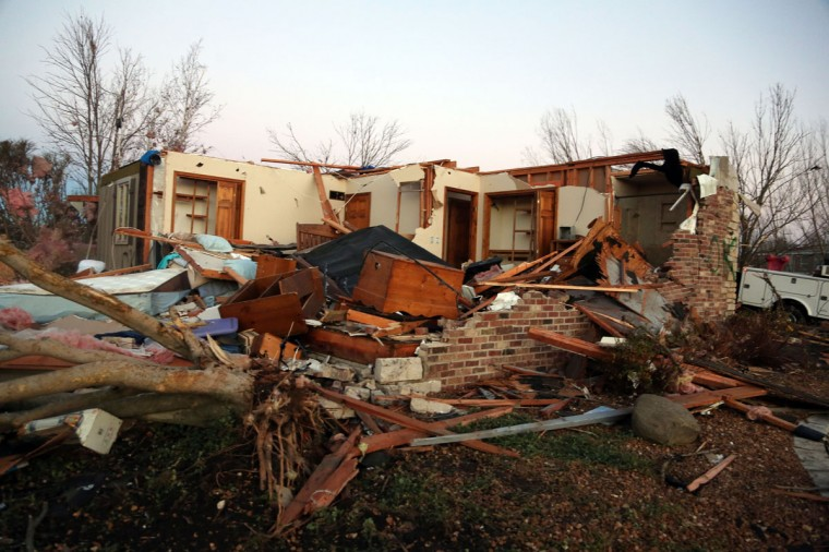 A home sits in ruin along Elgin Avenue after a tornado struck Washington, Ill. (Photo by Tasos Katopodis/Getty Images)