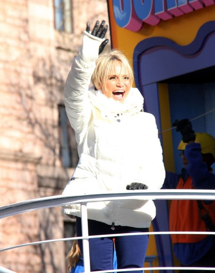 Kristen Chenoweth attends the 87th Annual Macy's Thanksgiving Day Parade on November 28, 2013 in New York City. (Photo by Laura Cavanaugh/Getty Images)