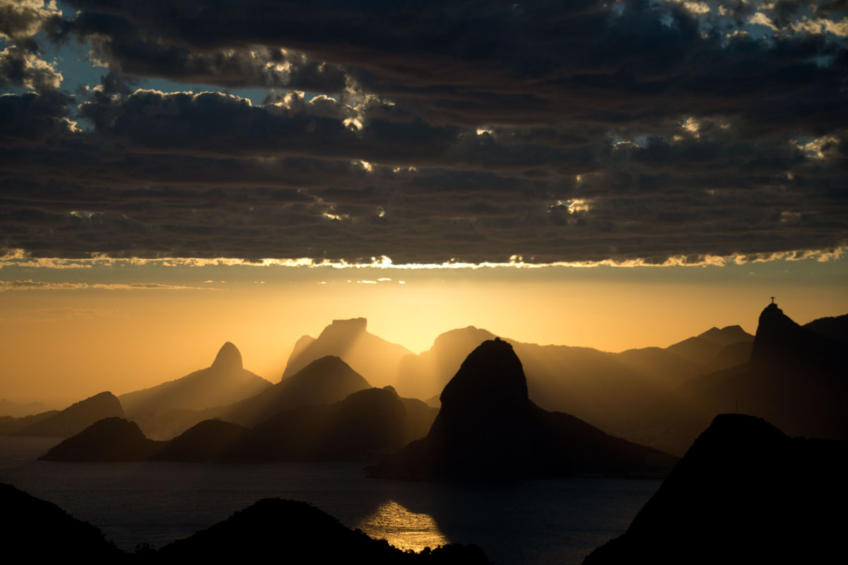 The sunset over Rio de Janeiro seen from Niteroi, Brazil on 15 November, 2013. (Christophe Simon/AFP/Getty Images)