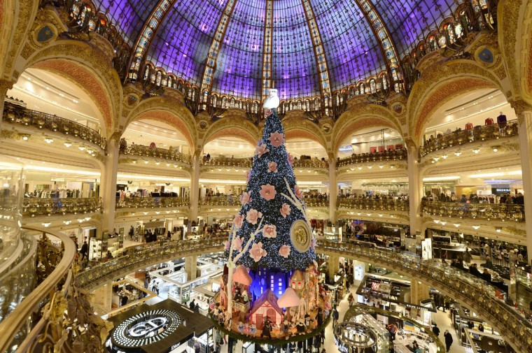 Paris' department store Galeries Lafayette's Christmas tree is pictured on November 27, 2013. (BERTRAND GUAY/AFP/Getty Images)