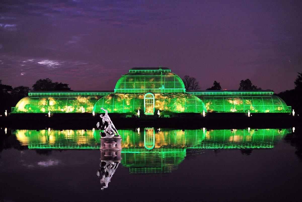 Nov. 28 Daily Brief: Kew Royal Botanical Gardens, protests in Ukraine, replica Eiffel Tower