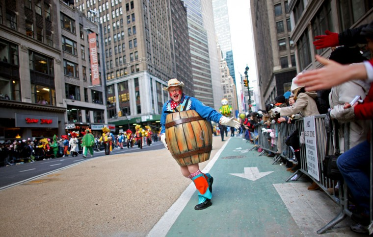 Parade participants pass by at the annual Macy's Thanksgiving Day Parade on November 27, 2008 in New York City. (Yana Paskova/Getty Images)