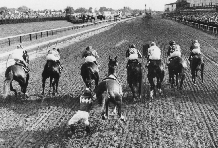 May 19, 1974 - Baltimore, MD - Buck's Bid loses his jockey at the start of the 1974 Preakness Stakes. (Weyman Swagger/Baltimore Sun)