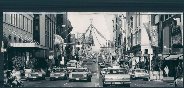 Decorations add sparkle to the once-glamorous shopping district at Howard and Lexington streets. Baltimore Sun photo by Richard Childress, Nov. 29, 1982