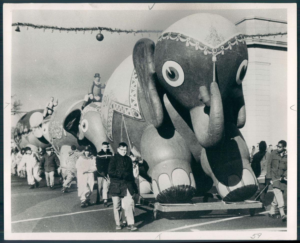 Retro Photos Of Baltimores Thanksgiving Toytown Parade