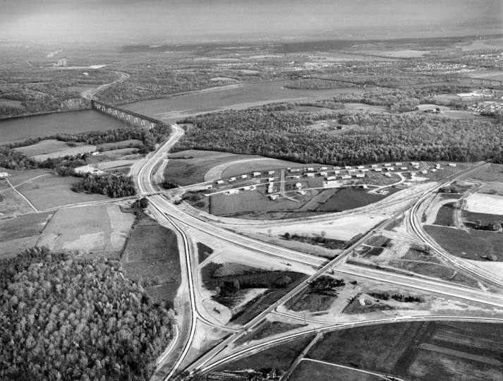 The Havre de Grace interchange and Susquehanna River Bridge is seen prior to the opening of the Northeastern Expressway in 1963. (Richard Stacks/Baltimore Sun)