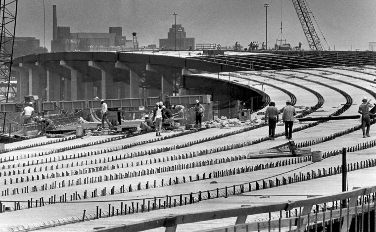 6/24/1980 - Baltimore, MD - The I-95 elevated roadway under construction in East Baltimore. The eight lane road, which is part of a section that will connect the new Fort McHenry Tunnel with the Kennedy Highway. (Weyman Swagger/Baltimore Sun)