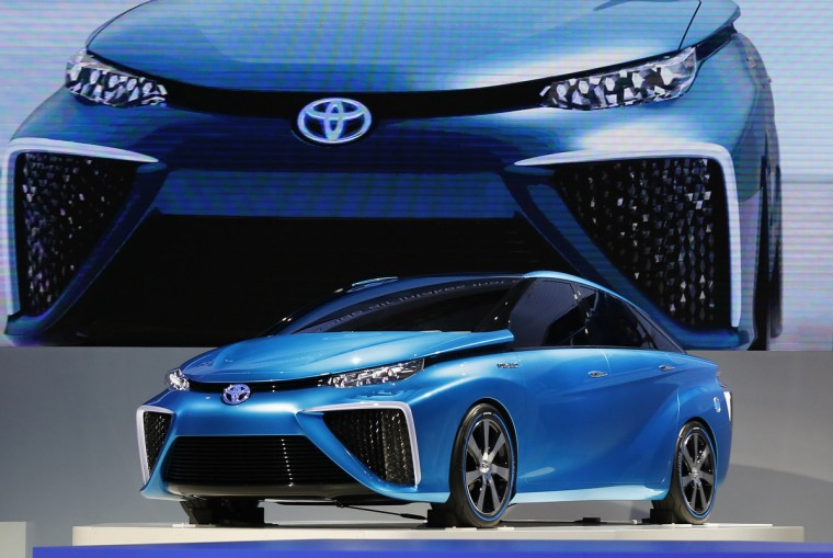 Toyota Motor Corp's FCV concept car is seen at the 43rd Tokyo Motor Show in Tokyo November 20, 2013. (Toru Hanai/Reuters)