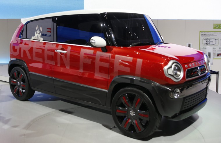 Suzuki Motor Corp's Hustler Coupe concept car is seen at the 43rd Tokyo Motor Show November 20, 2013. Fourteen Japanese and 18 overseas carmakers and motorbike manufacturers are participating in the Tokyo Motor Show, which kicked off on Wednesday for the media. (Yuya Shino/Reuters)