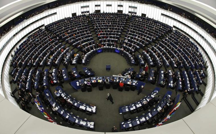Members of the European Parliament take part in a voting session at the European Parliament in Strasbourg, November 20, 2013. (/Vincent Kessler/REUTERS)