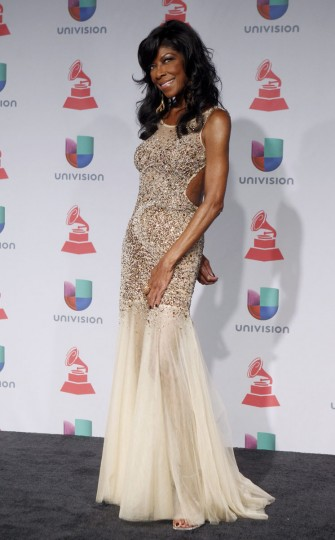 Natalie Cole poses backstage during the 14th Latin Grammy Awards in Las Vegas. (REUTERS/Steve Marcus)