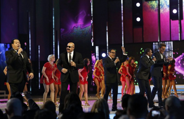 "The Salsa Giants perform ""Para Celebrar during the 14th Latin Grammy Awards in Las Vegas. (REUTERS/Mario Anzuoni)"