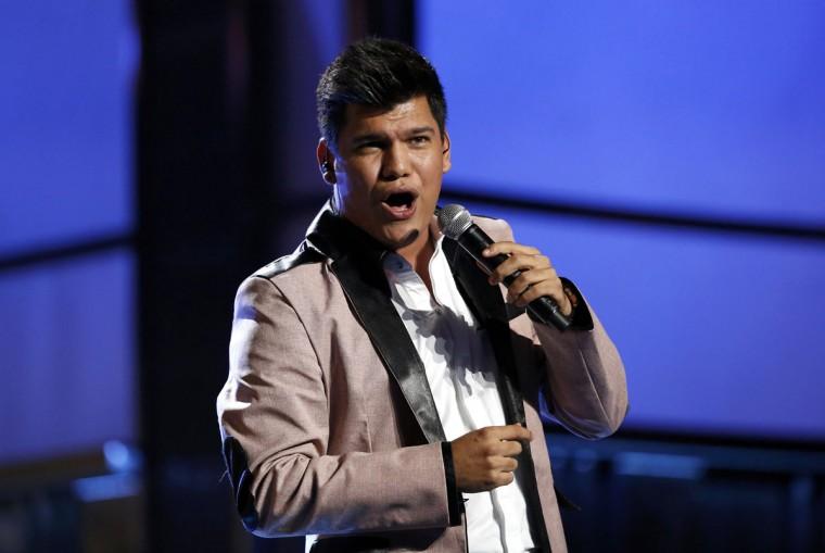 Banda Carnaval singer Rafael Becerra performs during the 14th Latin Grammy Awards in Las Vegas. (REUTERS/Mario Anzuoni)