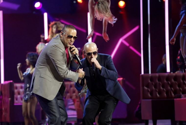 "El Cata, left, and Pitbull perform ""Echa Pa'lla"" during the 14th Latin Grammy Awards in Las Vegas. (REUTERS/Mario Anzuoni)"