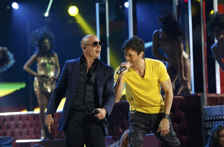 "Pitbull, left, and Enrique Igelsias perform ""Echa Pa'lla"" during the 14th Latin Grammy Awards in Las Vegas. (REUTERS/Mario Anzuoni)"