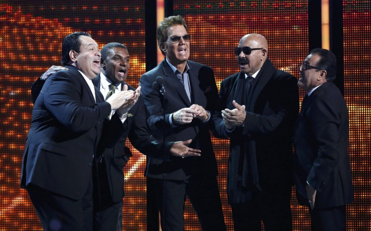"""Salsa Giants perform as they accept the award for best salsa album for """"Sergio George Presents Salsa Giants"""" during the 14th Latin Grammy Awards in Las Vegas. (REUTERS/Mario Anzuoni)"""