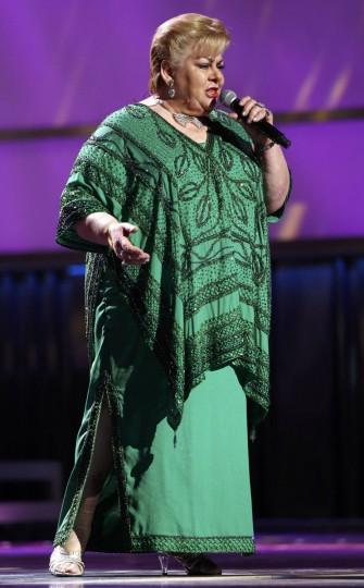 """Paquita la del Barrio performs """"Romeo Y Su Nieta"""" during the 14th Latin Grammy Awards in Las Vegas. (REUTERS/Mario Anzuoni)"""