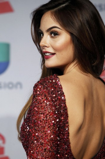 Presenter Ximena Navarrete poses backstage during the 14th Latin Grammy Awards in Las Vegas. (REUTERS/Steve Marcus)