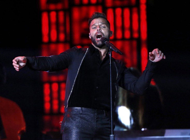"Ricky Martin performs ""Mas Y Mas"" during the 14th Latin Grammy Awards in Las Vegas. (REUTERS/Mario Anzuoni)"