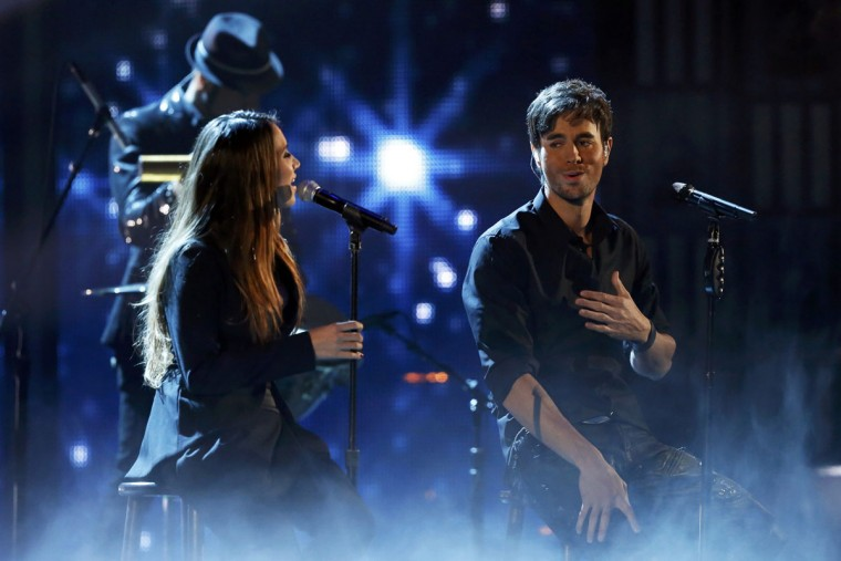 "Enrique Iglesias and India Martinez perform ""Loco"" during the 14th Latin Grammy Awards in Las Vegas. (REUTERS/Mario Anzuoni)"