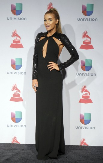 Carmen Electra poses backstage during the 14th Latin Grammy Awards in Las Vegas. (REUTERS/Steve Marcus)