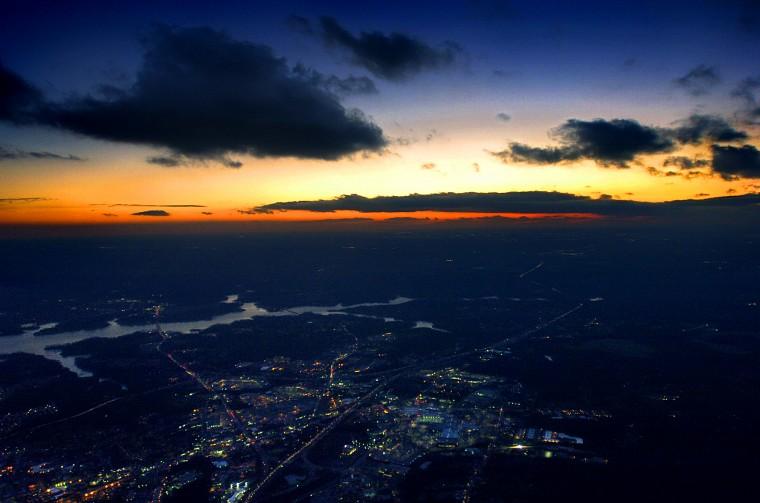 Aerial skyline sunset shot from an airplane (Karl Merton Ferron/Baltimore Sun Photo/Jan. 13, 2004)