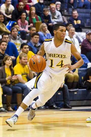 Name: Damion Lee College: Drexel Position: Guard Year: Junior Local high school: Calvert Hall Hometown: Baltimore 2012-13 stats: 17.1 points, 5.1 rebounds, 42.5% shooting, 82.9% free throw Lee, the 2011-12 Colonial Athletic Association Rookie of the Year, followed up his standout freshman season with a significantly better sophomore campaign. The 6-foot-6, 200-pound wing increased his scoring average by five points, earning second-team All-CAA honors as a sophomore. Lee, who reached double figures in scoring in 23 out of 27 games last year, is a preseason first-team All-CAA selection this season. Howard Smith/USA TODAY Sports