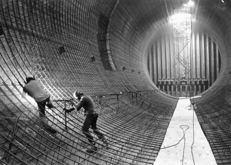 5/8/1981 - Baltimore, MD - Welder Bill DiDomenico, left, and helper Keith Horton do construction work in the first section of the Fort McHenry tunnel at Locust Point. (Weyman Swagger/Baltimore Sun)