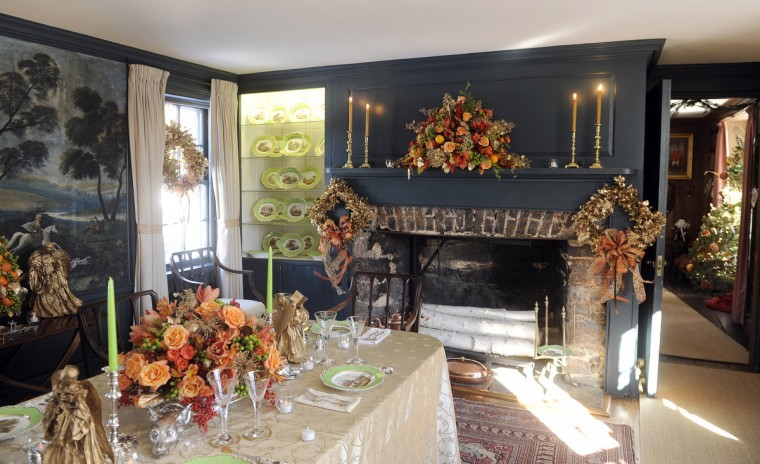 "The dining room at the Manor House at Ladew Gardens was decorated by the Garden Club of Twenty for the ""Christmas Through the Ages"" tour. (Barbara Haddock Taylor/Baltimore Sun)"