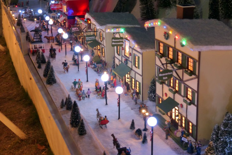 The main street of the holiday resort of Beaverton Cliffs. (Karl Merton Ferron/Baltimore Sun Staff)