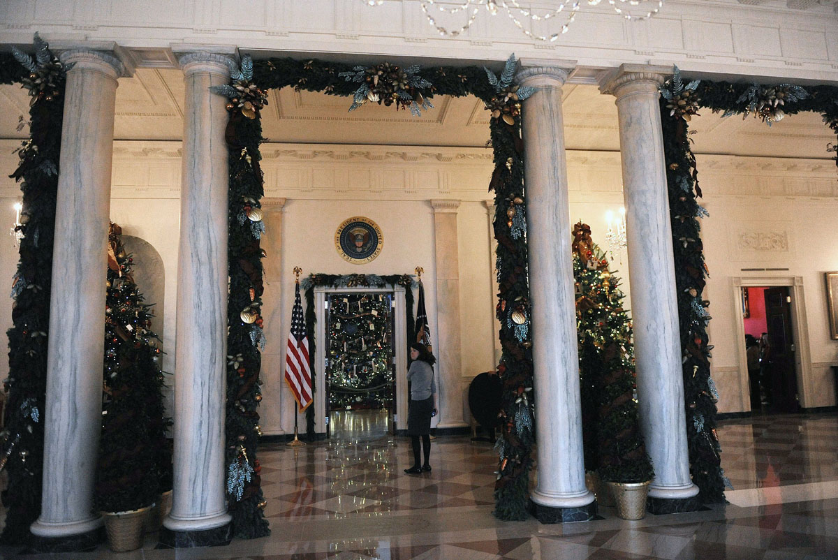 Holiday decorations at the white house are displayed during a press - Holiday Decorations At The White House Are Displayed During A Press Tour On Wednesday Dec 4 2013 In Washington Dc Olivier Douliery Abaca Press Mct