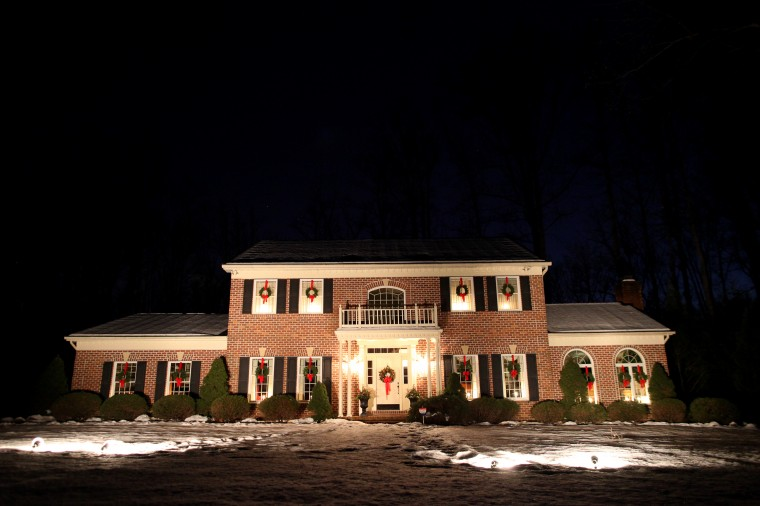 The home at 713 Seminary Ave. is adorned with lights and wreaths. (Jen Rynda/BSMG)