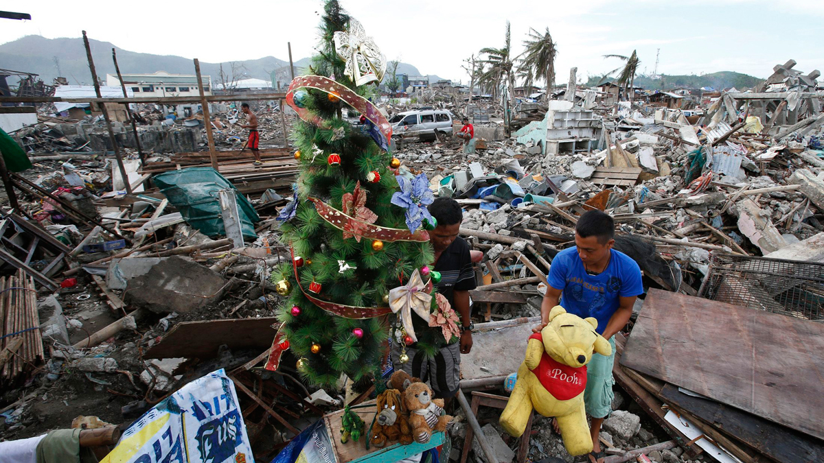 Dec. 17 Daily Brief: A Christmas tree in the rubble, airstrikes in Syria, a breathtaking view