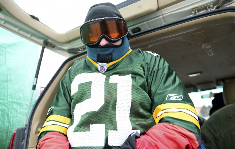 Dave Josephs tailgates prior to the 2013 NFC wild card playoff football game between the San Francisco 49ers and the Green Bay Packers at Lambeau Field. (Mike DiNovo/USA Today Sports)