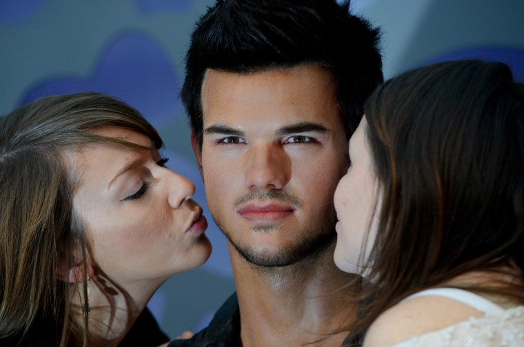 Madame Tussauds unveils its latest figure - Taylor Lautner at Madame Tussauds on January 26, 2012 in London, England. (Ben Pruchnie/Getty Images)
