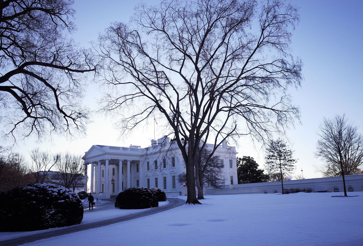 cold lingers as northeast digs out from snow. Black Bedroom Furniture Sets. Home Design Ideas