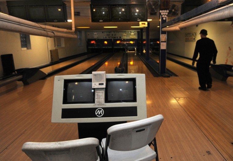 Charles McElhose Sr., pictured, and his wife, Theresa, bought the Patterson Bowling Center in 1995. They installed electronic scoring in 2000. (Algerina Perna/Baltimore Sun)
