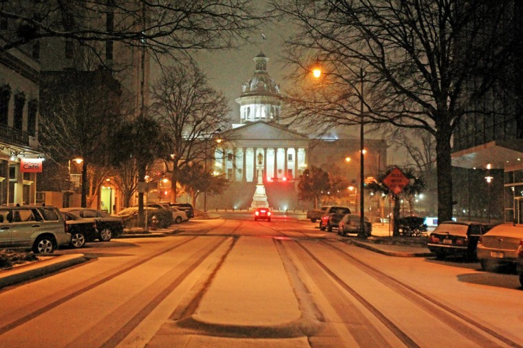 Snow fell late Tuesday evening on Jan. 28, 2014, in Columbia, S.C. (Gerry Melendez/The State/MCT)