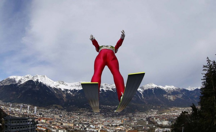 Alpine skiing wraps up: Norway's Anders Bardal takes off from the ski jump during the first practice session of the third jumping of the four-hills tournament in Innsbruck, January 3, 2014. The prestigious four-hills tournament will end in Bischofshofen on January 6. (REUTERS/Kai Pfaffenbach)