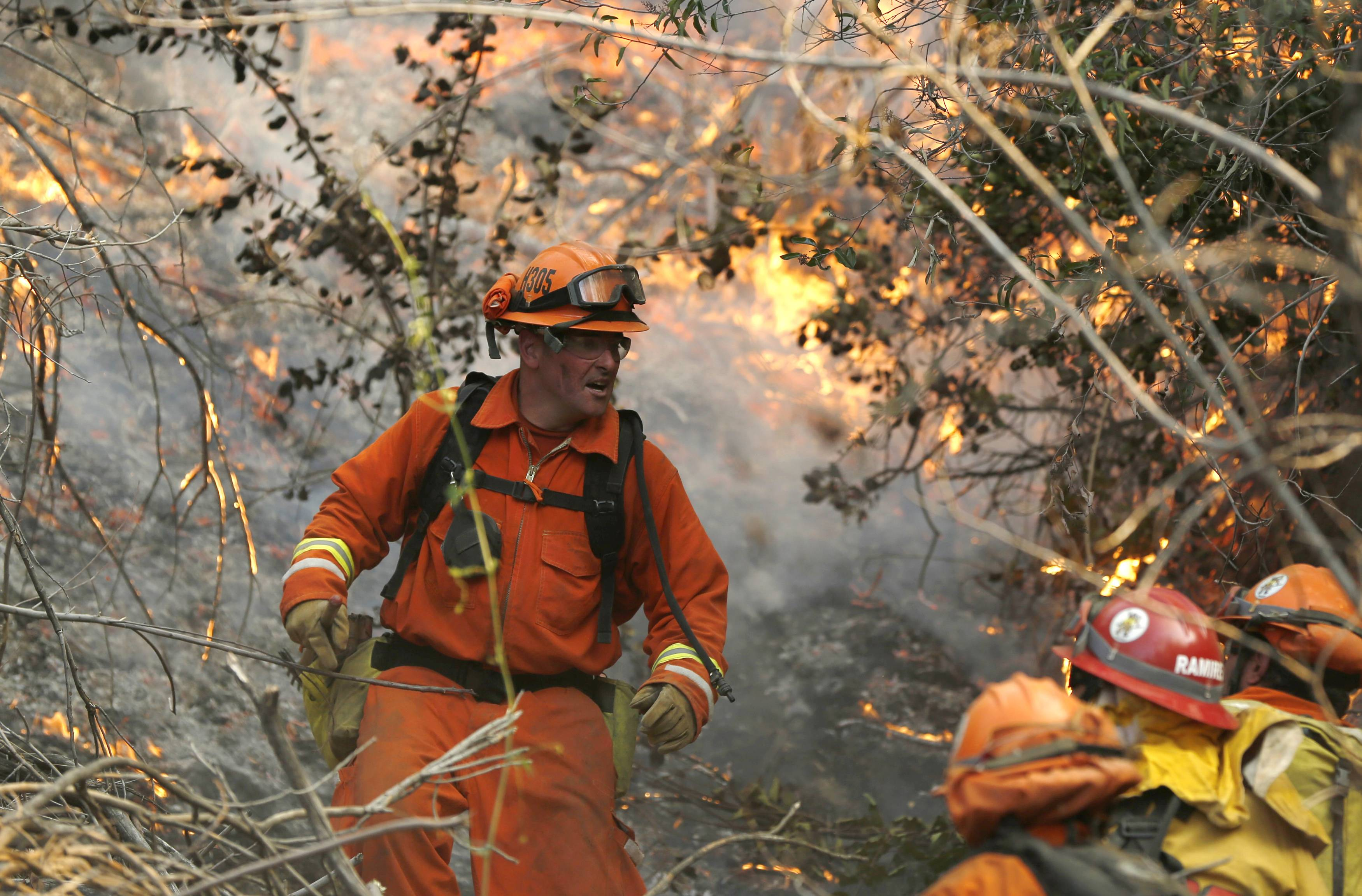 Colby fire wildfire burns more than 1,700 acres, destroys ...