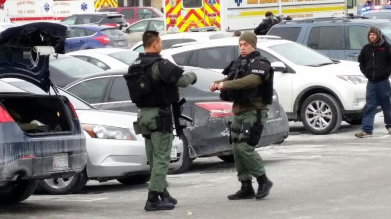 Shooting Saturday, Jan. 25, 2014, at the Columbia Mall. (@DanAngryAsian/Twitter)