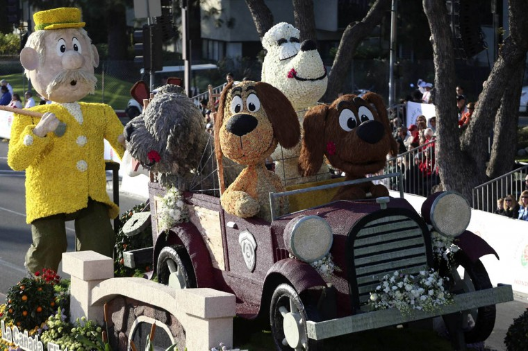 The La Canada Flinridge float, which features dogs riding in a car, participates in the 125th Rose Parade in Pasadena, California. (Jonathan Alcorn/Reuters photo)