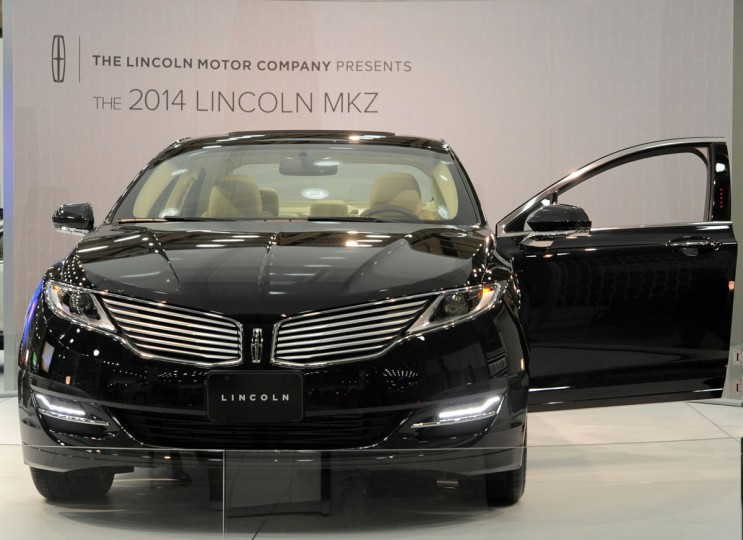 A 2014 Lincoln MKZ on display at the 2014 Motor Trend International Auto Show at the Baltimore Convention Center. (Lloyd Fox/Baltimore Sun)